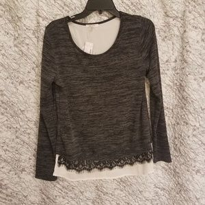 NWT women's sweater Size M